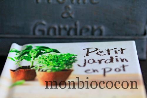 coffret-jardin-petit-jardin-en-pot-mini-kit-larousse-