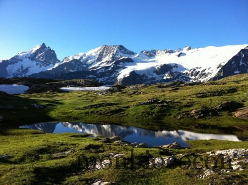 lac-noir-massif-meije-plateau-emparis-alpes