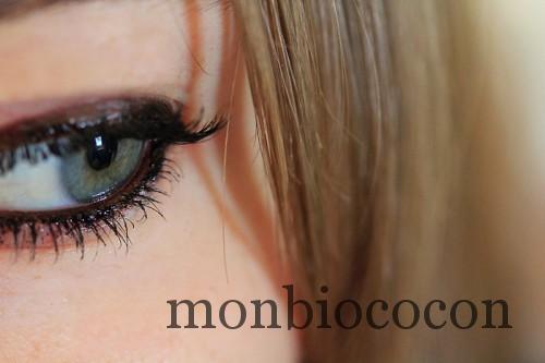 lakshmi-kajal-khol-maquillage-yeux-noir-3