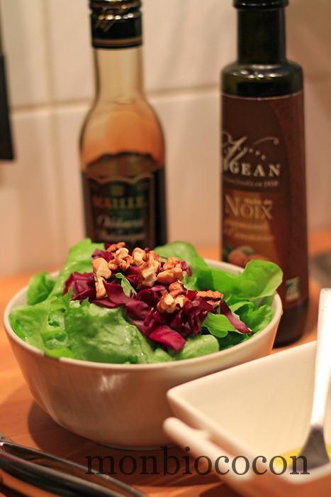 salade-frisée-choux-rouge-bio-noix-huile-noix-bio