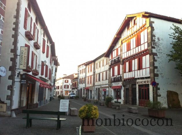 pays-basque-nourriture-apero-poivrons-0