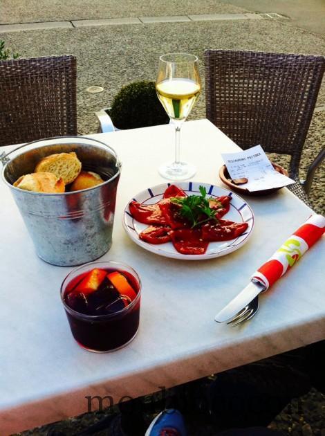 pays-basque-nourriture-apero-poivrons