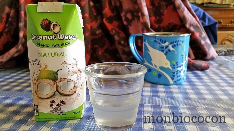 eau-de-coco-bio-coconut-water