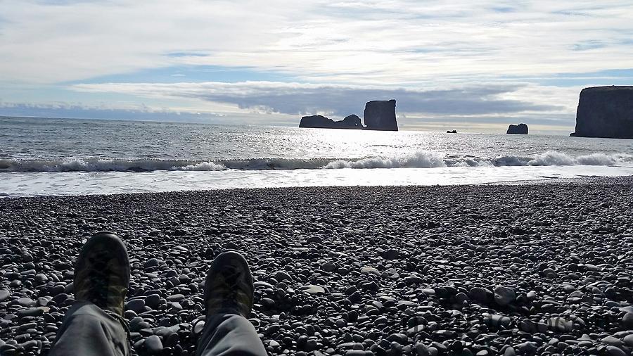 dirolaey-plage-sable-noir-galets-vik-8