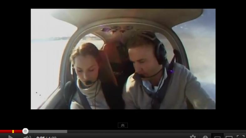 La demande en mariage en avion : faux crash pour vraie demande