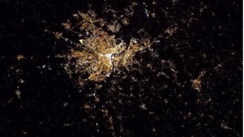 Prise de hauteur pour admirer Bordeaux, depuis le ciel…