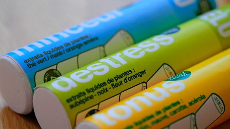 Je veux DELO ! Euh, de l'eau ! Détox, tonus, énergie, destress: extraits liquides de plantes dans ma bouteille.