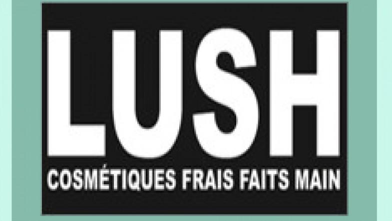 Préparation du concours LUSH de Lundi… Vous aimez les masques frais aux myrtilles ?