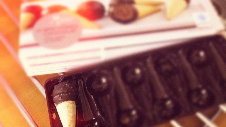 Mon petit plaisir chocolaté: mini cône chocolat (je les gobe et c'est trop bon!)