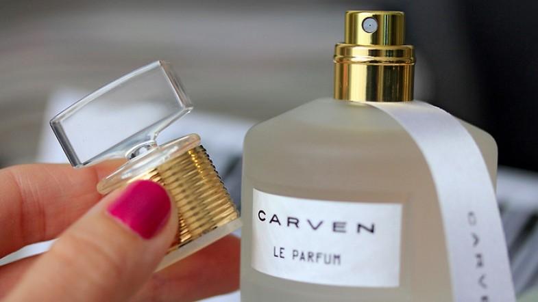 C'est quoi ton parfum ? C'est LE Parfum