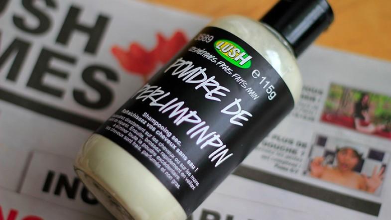 Un peu de poudre de perlimpinpin? de chez Lush bien sur. Shampoo sec me voilà !
