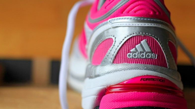 A enfin trouvé ses shoes de running: toutes roses ! Aller, en avant ! We run !