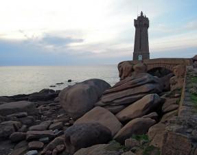 #3 Tourisme en Bretagne : le Phare de Ploumanach